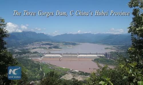 Китай пусна в експлоатация най-големия асансьор за кораби в света