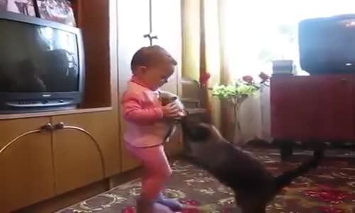 Взе ми играчката!
