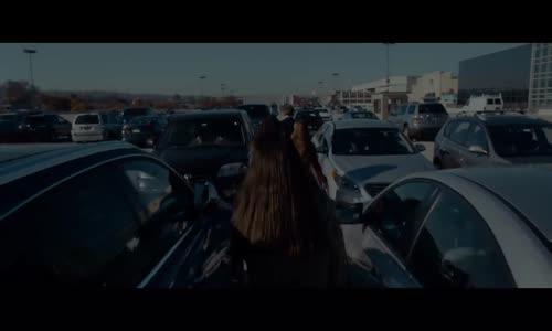 На парчета, трейлър (2017)