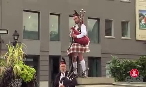 Луди Шотландци!!