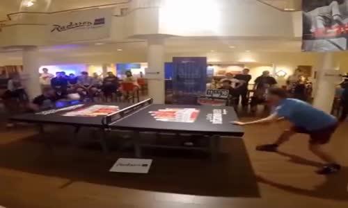 Тенис на маса с глава