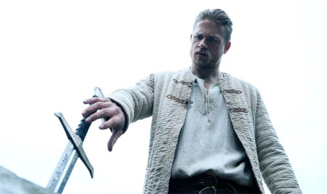 Крал Артур: Легенда за меча (2017) трейлър